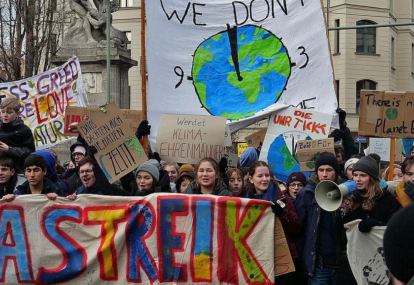 Fridays For Future Photo: Scientists For Future: 23.000 Wissenschaftler Helfen