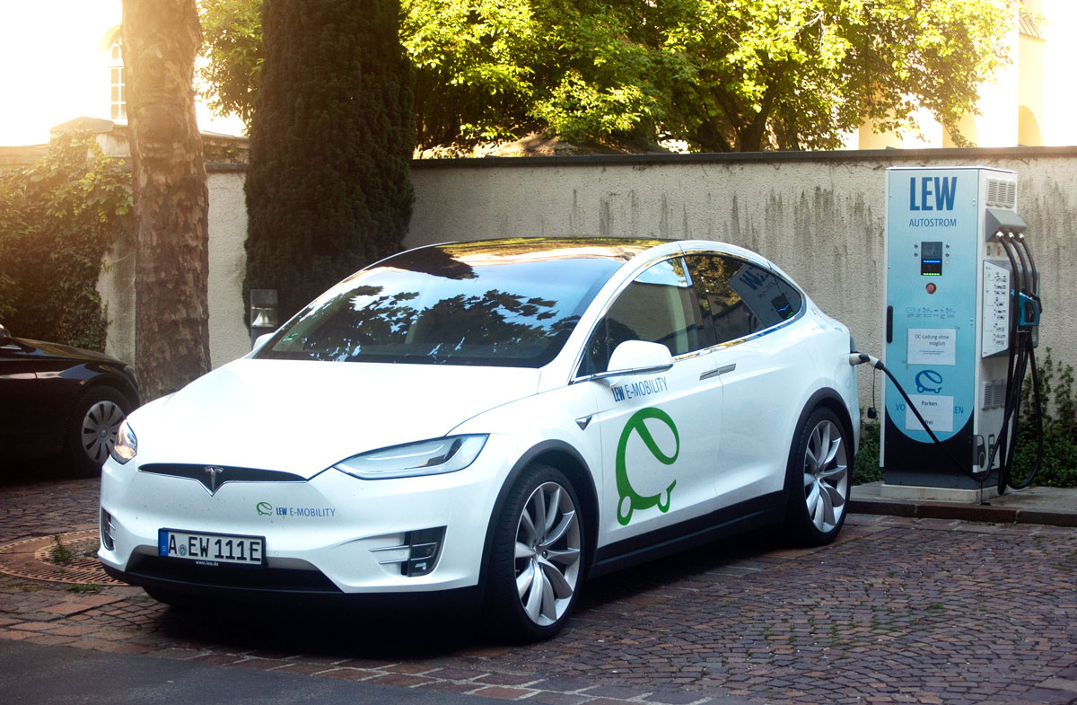 Zuerst die Ladestationen, dann die Elektroautos - energiezukunft.eu